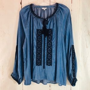 CROWN & IVY   Boho Chambray Embroidered Tunic XL